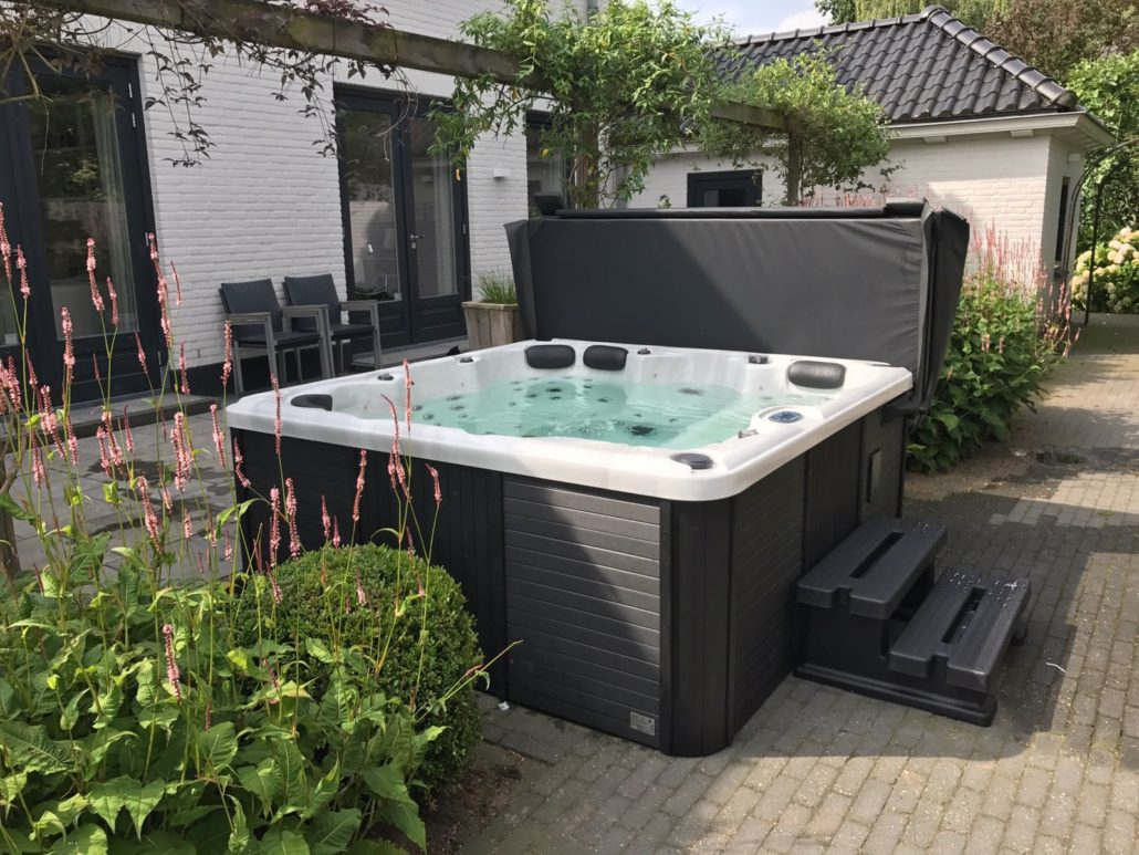 Sunspa Jacuzzi in Eindhoven